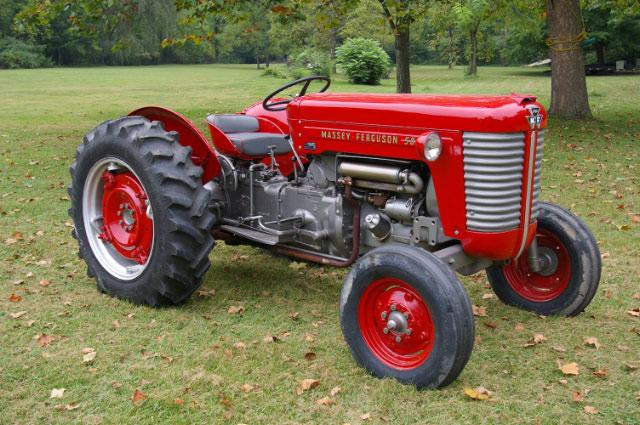 Sióagár Massey Ferguson régi traktor